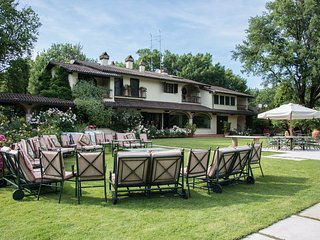 Beautiful Vacation Rental at Villa il Roseto close by Cortona