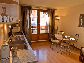 Spacious Two Bedroom Apartment In Val D'Isere, Val d'Isere
