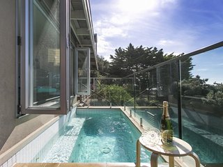 Corfu Retreat - Luxury Blairgowrie Retreat