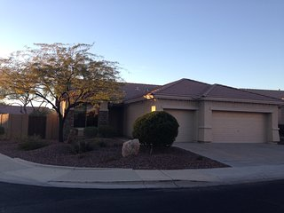 Immaculately Clean 3B/2B/3Cg Available For Weekly/Monthly Rental In Anthem