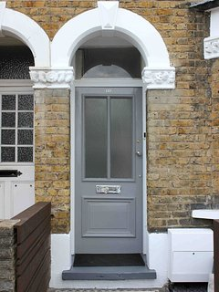 1900 traditional period London House