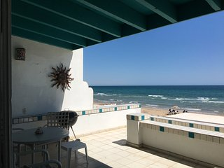 Beachfront Villa in Las Conchas!  Sleeps 6-8