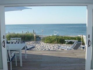 Brand New Just Remodeled Luxury Beach House Directly on Beach!, Wading River