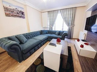 Hotel Apartment with reception in Harbiye 15 mins walking to Taxim ' Downtown '