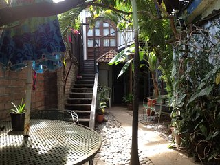 Casa Cafetiere Lodge - Coffee Roastery Apartment-type rooms - Tropical Aroma !