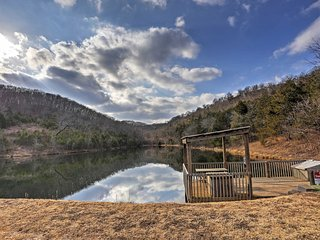 Spectacular Branson West Retreat w/View of Ozarks!