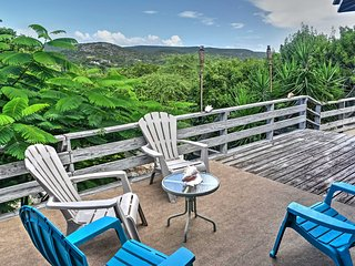 'Bellisima' Enchanting Guanica House w/ Huge Deck!