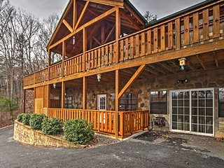 NEW! 2BR Near Gatlinburg and Pigeon Forge!, Newport