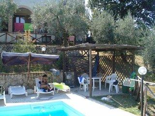 IL POGGIO DEGLI ULIVI - Todi Apartment, Castel dell'Aquila