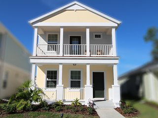 New Vacation Home - Safe & Charming Venice Florida
