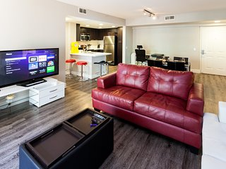 2 Bedroom Corporate Suites in Mid-City Lic127