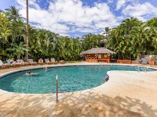 Heart of Lahaina-Saltwater Infinity Pool-BBQ-Min to Beach!
