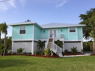 Calypso Tides: Magnificent New Construction 3 BR Pool Home in Golf Community, Sanibel Island