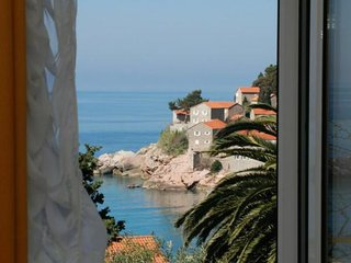 One bedroom apartment (2+2) with view on St. Stephen #2, Sveti Stefan