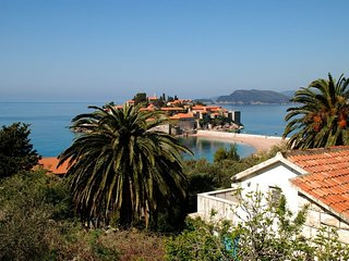 One bedroom apartment (2+2) with view on St. Stephen #1, Sveti Stefan