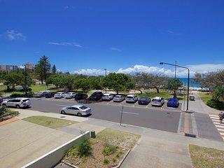 Jamarkos Unit 4 Kings Beach QLD