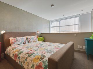 CANVAS APARTMENT  WITH COURTYARD, Wellington