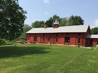 Restored Horse Barn On 13 Acres With Private Pond, Sheffield