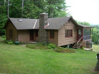 Restored 1940s Cabin 30 Mile Views, Great Barrington