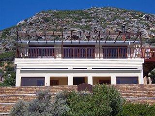 Simons Town Lodge - Garden Villa - Sleeps 8