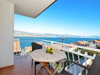 Vongola 1 apartment near beach