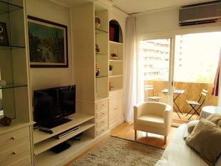 Classic apartment near Camp Nou, Barcelona