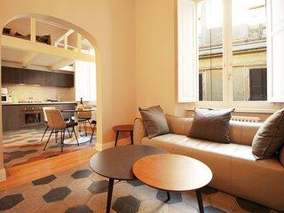 Colosseum Smart Brand New Apartment