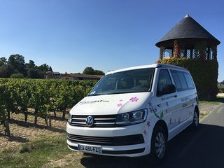 Location camper van amenage a Bordeaux avec VAN AWAY