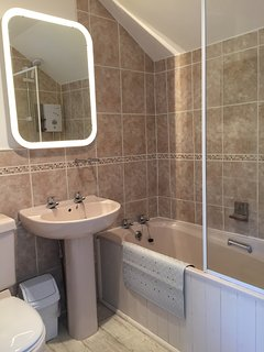 Ensuite with bath
