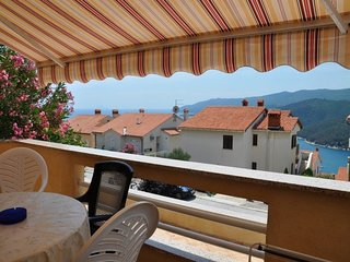 Free WiFi, terrace with sea view 149