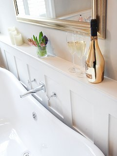 Glass of fizz whilst you watch the bathroom TV?