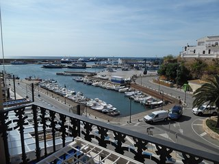 APARTMENT WITH VIEWS TO THE HARBOUR, WIFI_SAN ROC