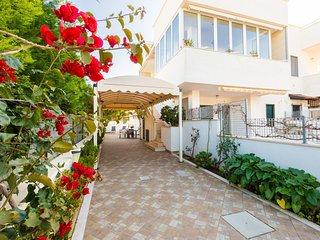Sole - 3 terraces- low season €350, 7d  included linen e wifi, Torre Santa Sabina