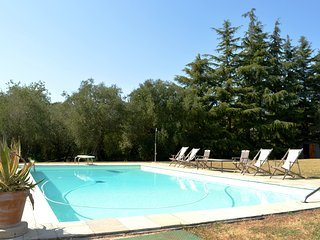 VILLA S. CATERINA  WITH SWIMMING POOL AND TENNIS COURT PRIVATE