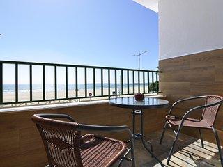 Apartamento frente al mar con ascensor, Barbate