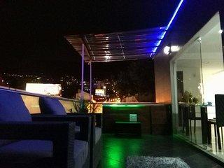 Hot Penthouse - Terrace Big Jacuzzi Parque Lleras