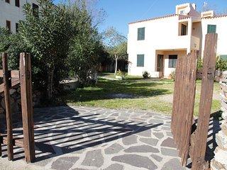 Happy Sardinia villetta sul mare con giardino