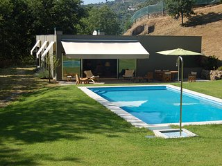 Quinta de Penela - Near Douro valley with private swimming pool, Baiao