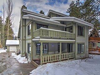 Spacious Big Bear Lake House w/ Hot Tub & Gazebo!