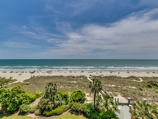 Luxury Oceanfront 2/2 w Large Balcony, Carolina Dunes!