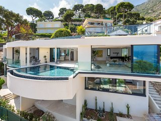 Glamorous Contemporary Villa, Infinity Pool, Snorkels, Fishing Gear, Beach, Eze