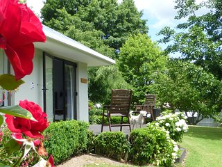 Tranquil private garden retreat, Katikati