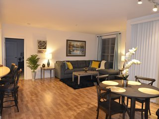 Beautiful Large Private 2bd,2bth Sleeps 8