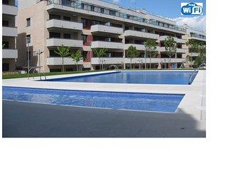 Apartamento VIP, parking subterráneo, Wifi free, 7 personas, playa 250 m