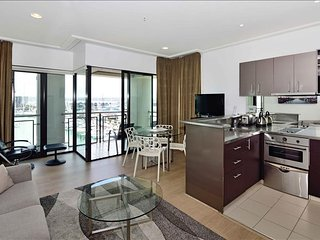 2 Bedroom Suite in the Heart of Auckland
