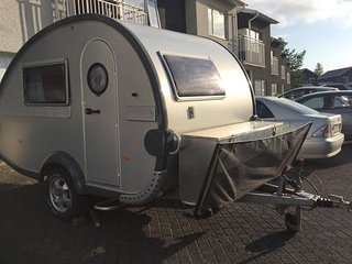 Cozy and warm Caravan easy to tow with almost any car