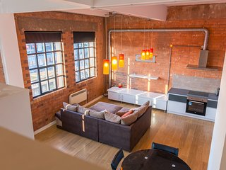 Character Loft Apartment