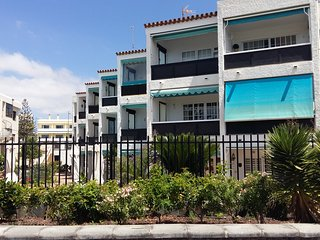 SUNNY HOME GRAN CANARIA BEAUTIFUL- APARTMENT ON PLAYA DEL INGLES BEACH PROMENADE