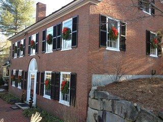 Federal House Inn Historic Bed and Breakfast