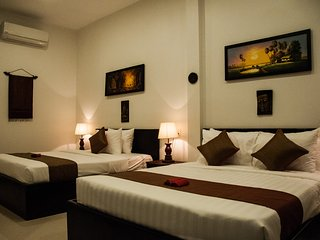 The Fin Inn, 2 King Deluxe Rooms
